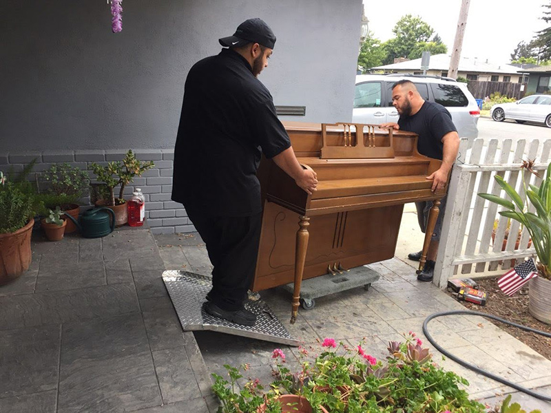 Baby Piano Moving